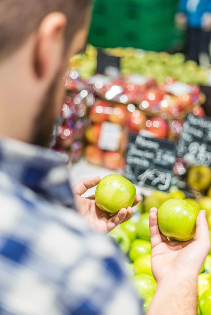 Making a healthy choice with fruit