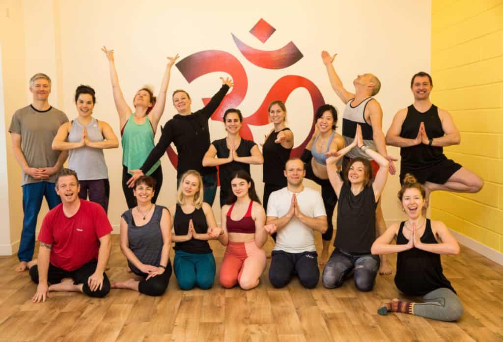 yoga teacher training group