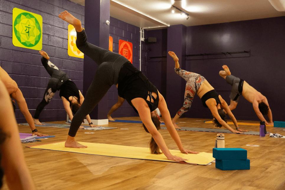 hot yoga teacher group courses